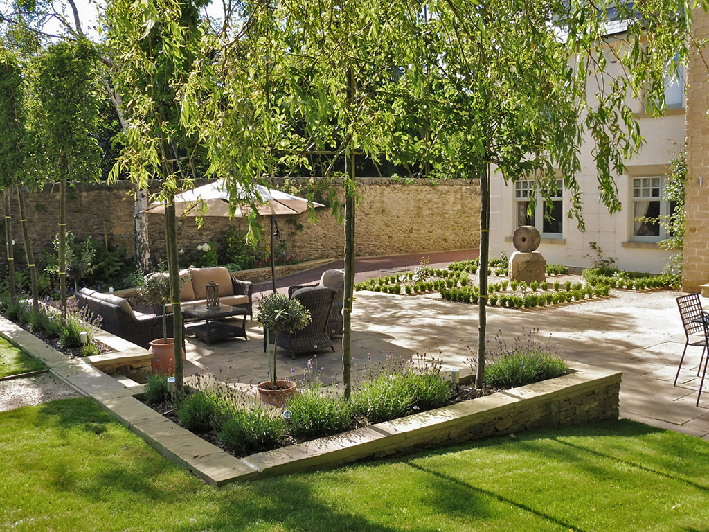 Traditional Garden - Traditional garden design pictures